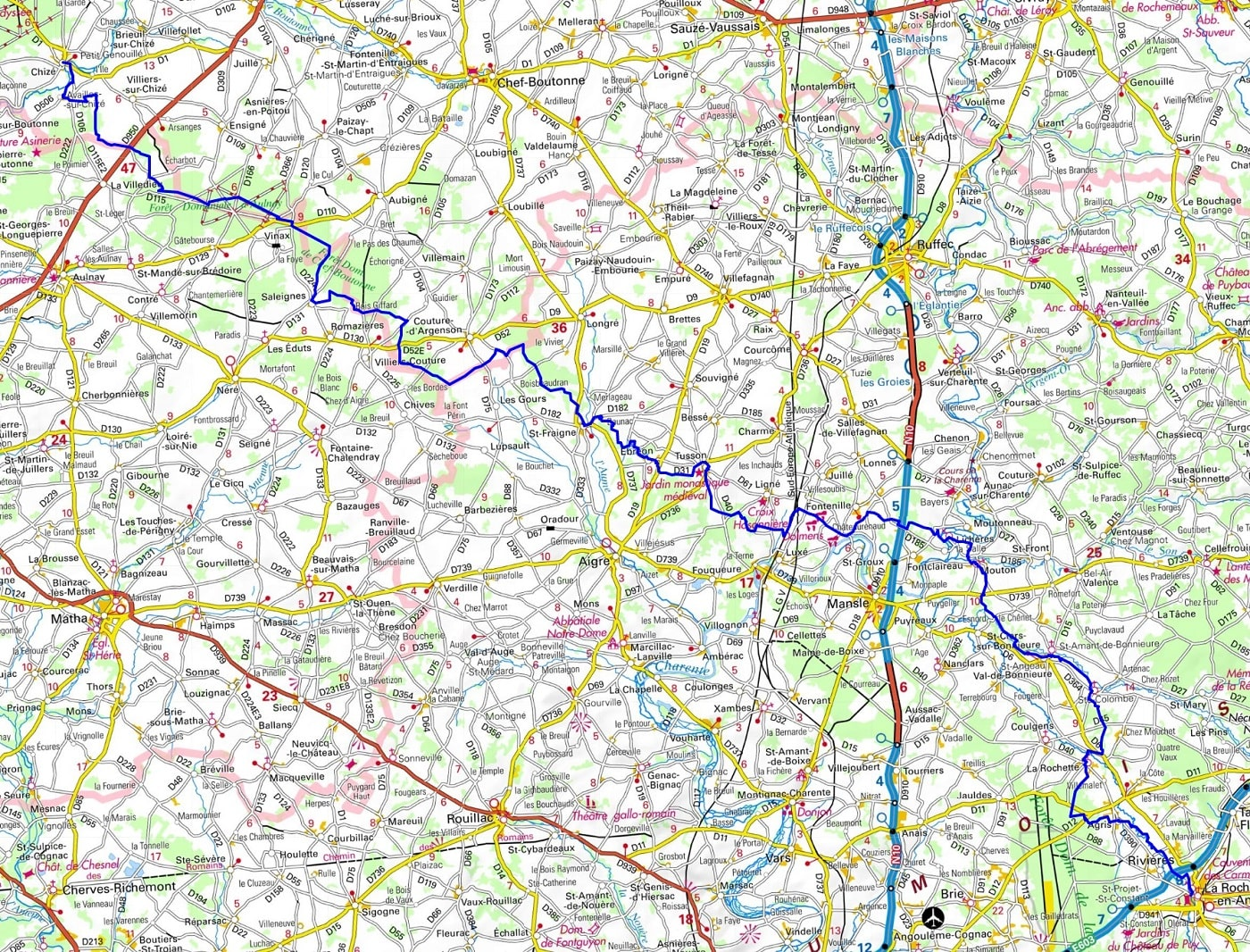 GR36 Hiking from Chize (Deux-Sevres) to La Rochefoucauld (Charente) 1