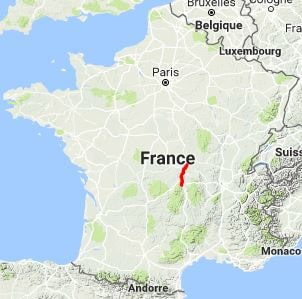 GR300 Hiking from Chatel-de-Neuvre (Allier) to Clermont-Ferrand (Puy-de-Dome) 10