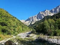 GR94 Hiking from Vaunieres to Praux Pass (Hautes-Alpes) 4